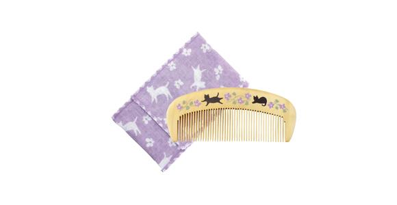 くろちく 椿堂潤いつげくしケース付き 花猫の写真